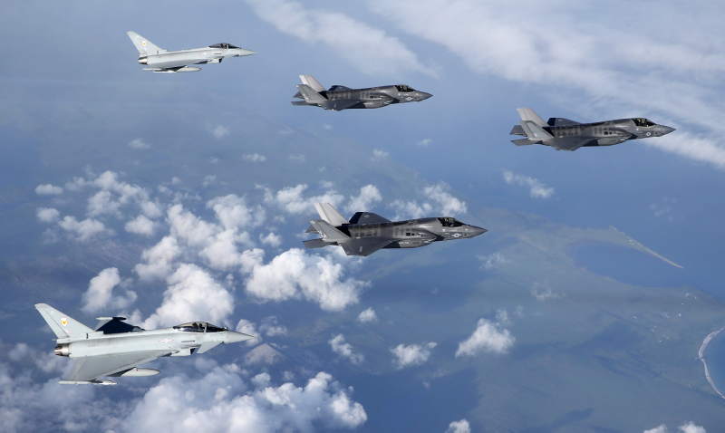F35 Lightning arrives into the UK, Flanked by 2, 1Sqn Typhoons and photographed by a 100 Sqn Hawk